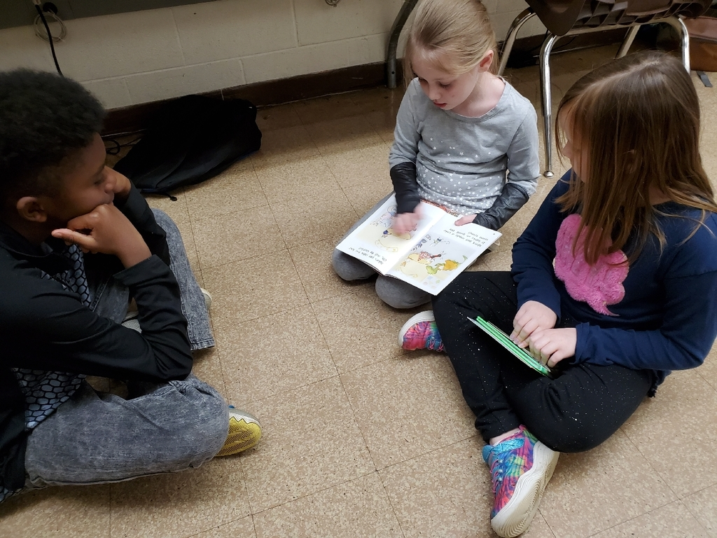 Reading with 5th grade